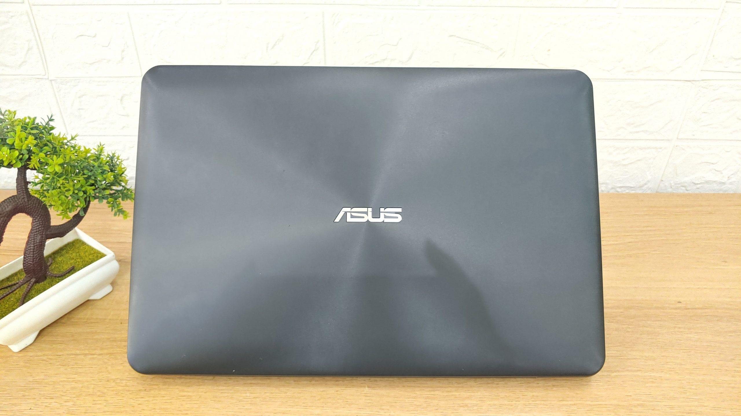 Laptop Asus X555LF