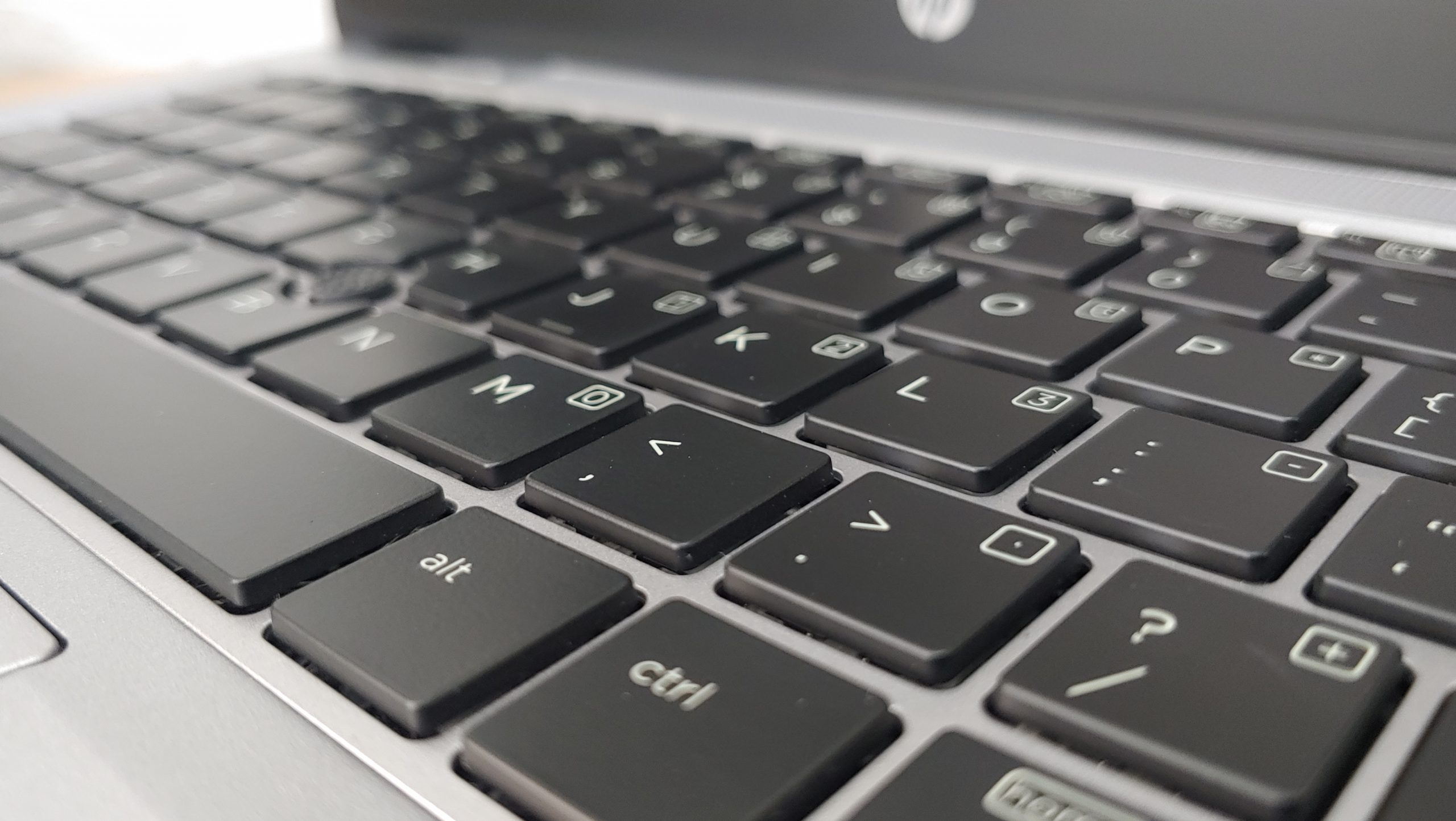 Laptop HP 820 G3