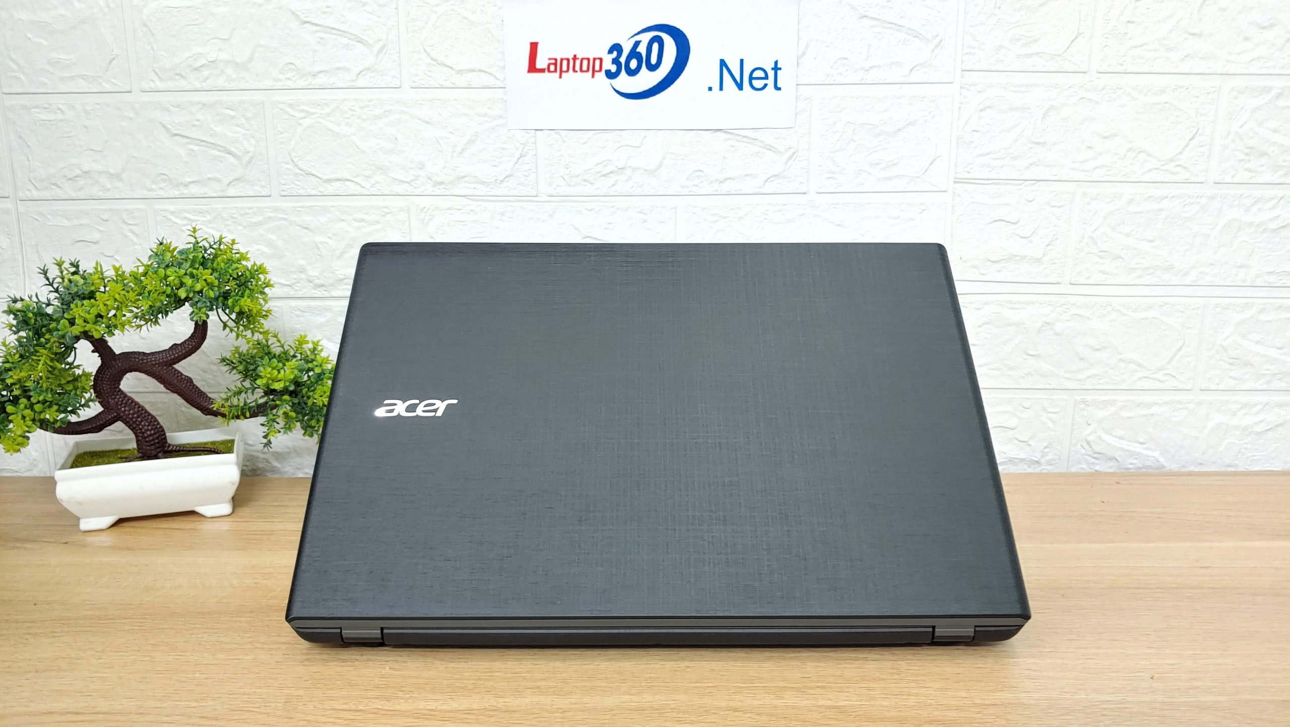 Laptop Acer Aspire E5 574