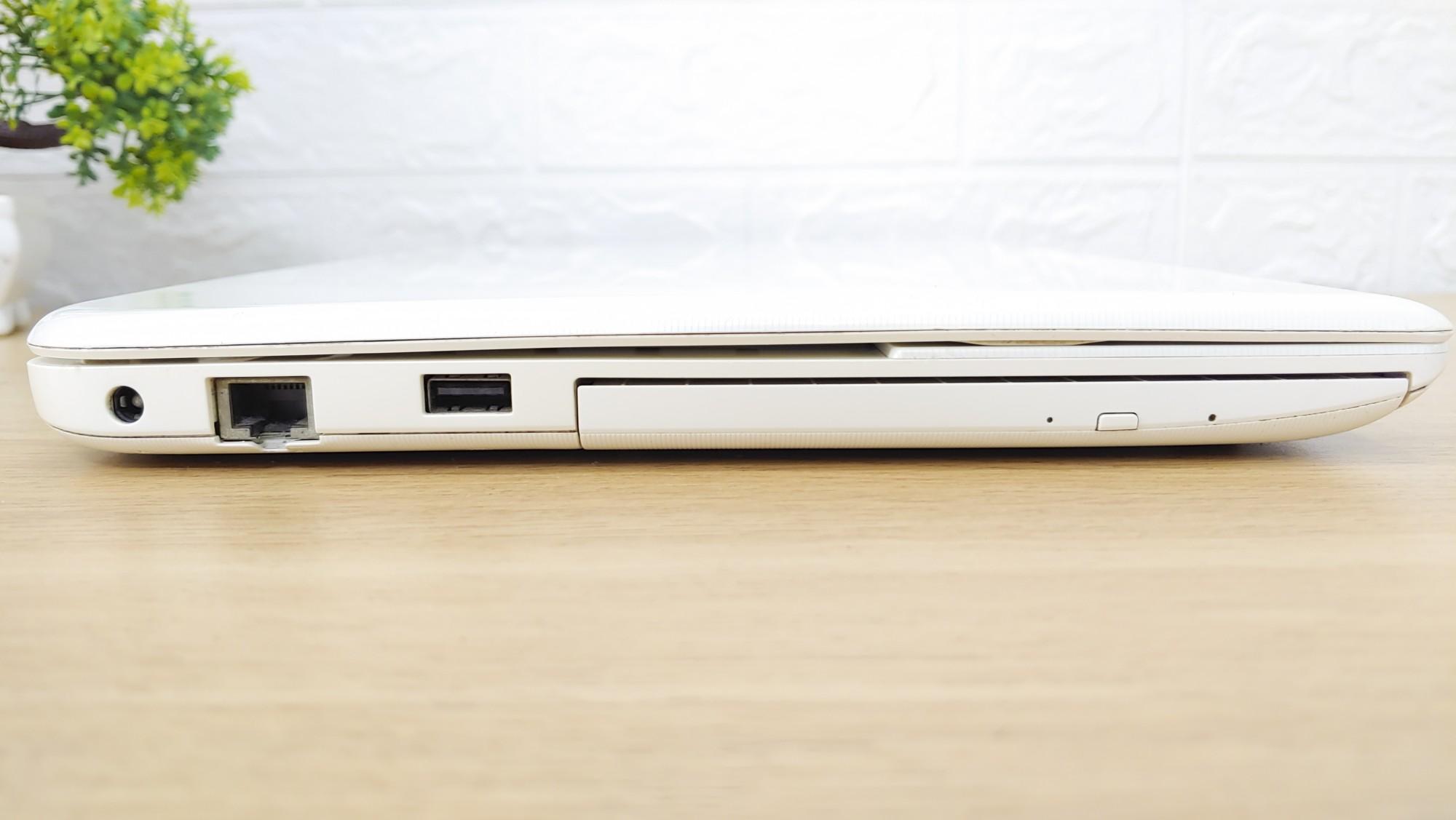 Laptop Toshiba L40-A