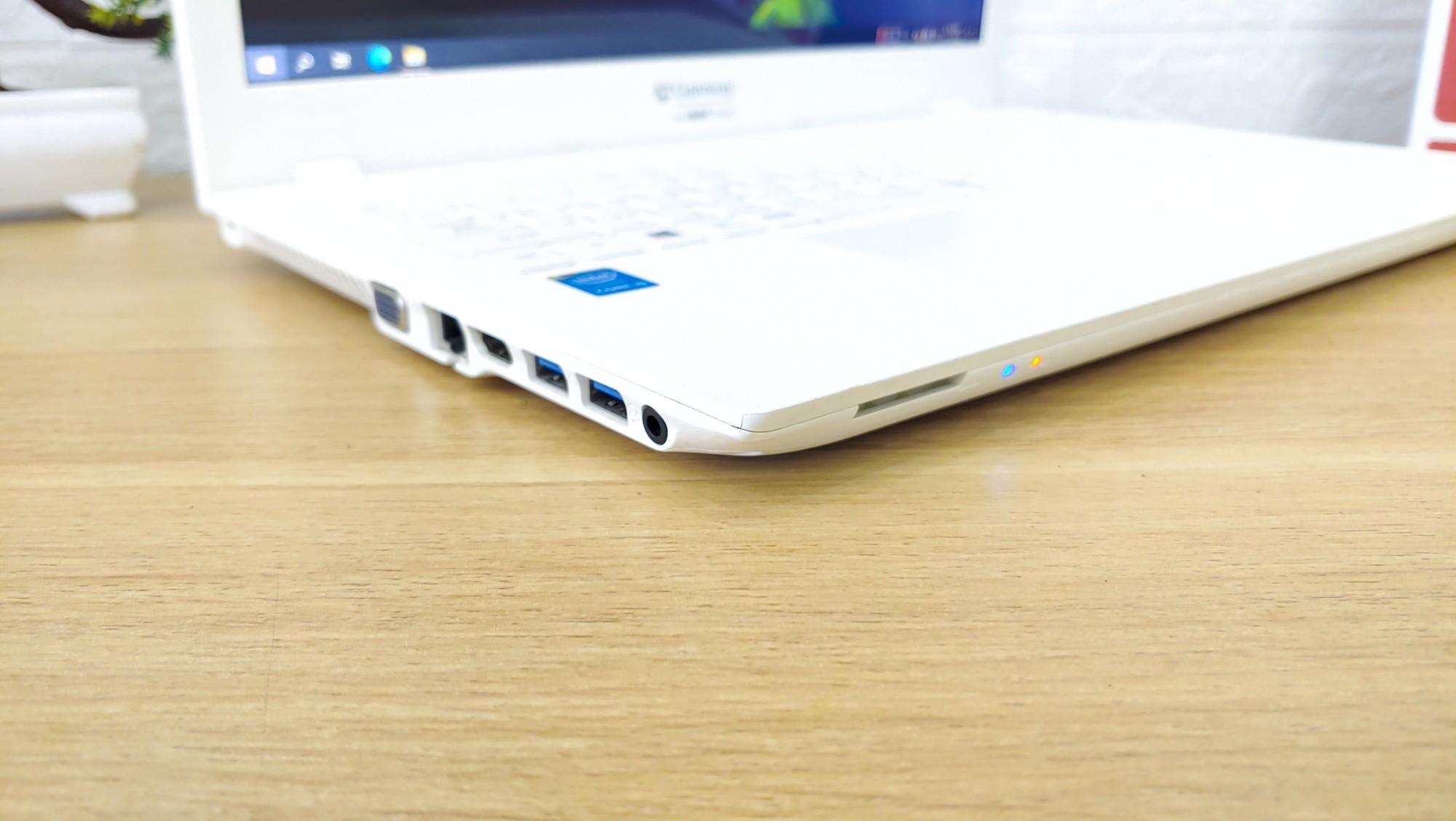 Acer Gateway NE573
