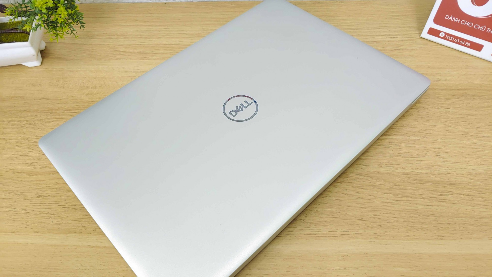 Dell Inspiron N5570