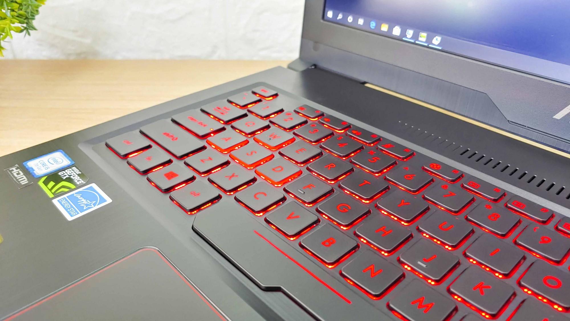 Laptop Asus FX503