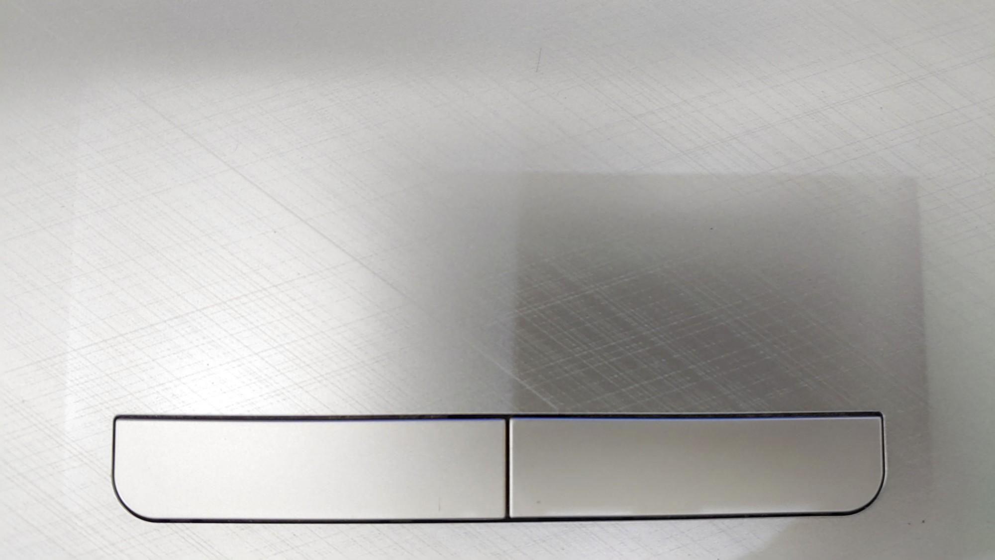 Laptop HP 15-ac001TU